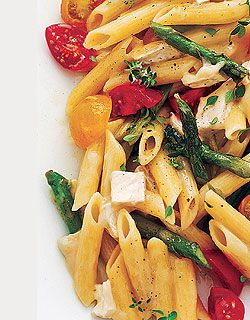Penne with Tomatoes, Asparagus and Brie - I'd make this with whole wheat pasta.