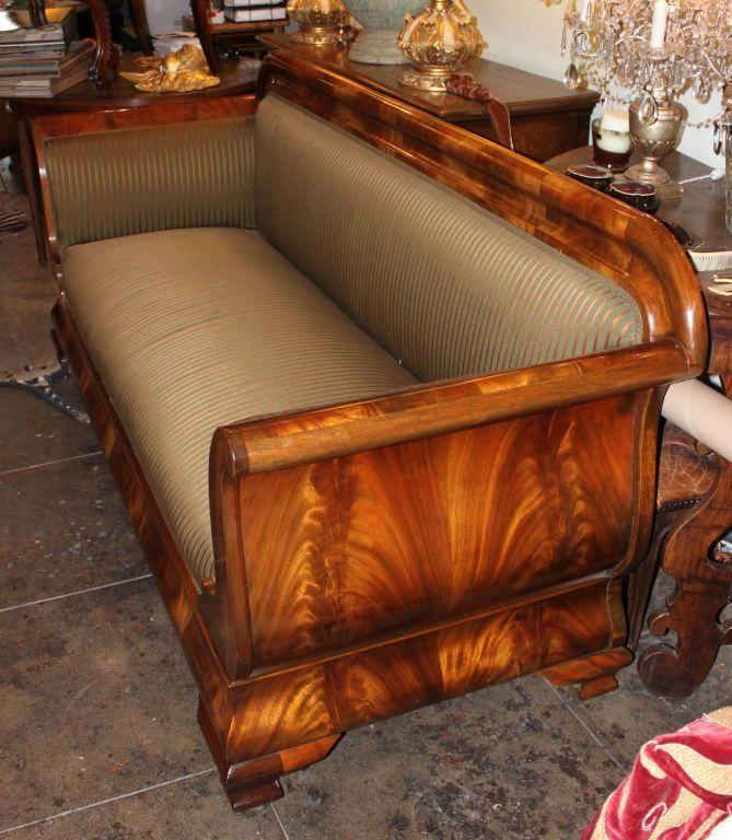 19th C American Empire Sofa Image 8 Livingroomsofadark