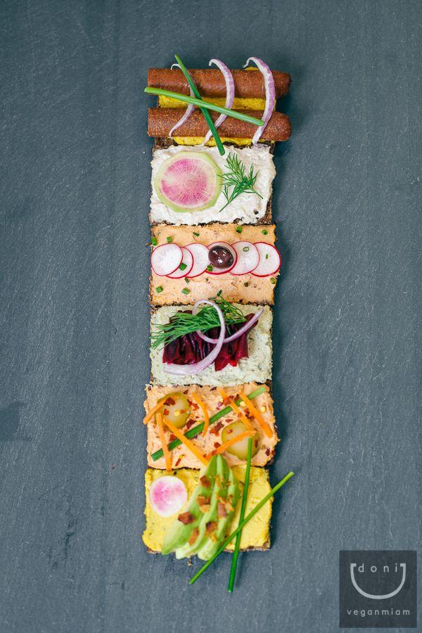 Vegan Danish Open Sandwiches Smorrebrod Vegan Miam Smorrebrod Scandinavian Food Danish Food