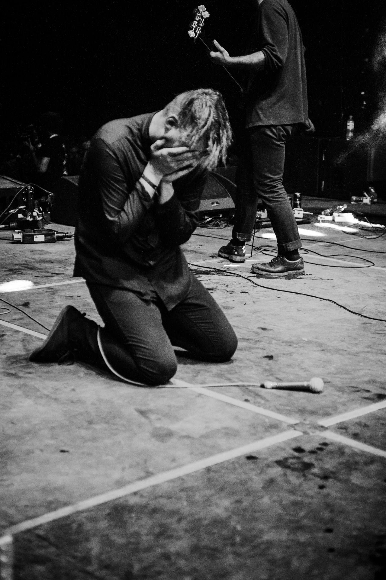 DEAFHEAVEN — Come Back Live music photography, Comebacks