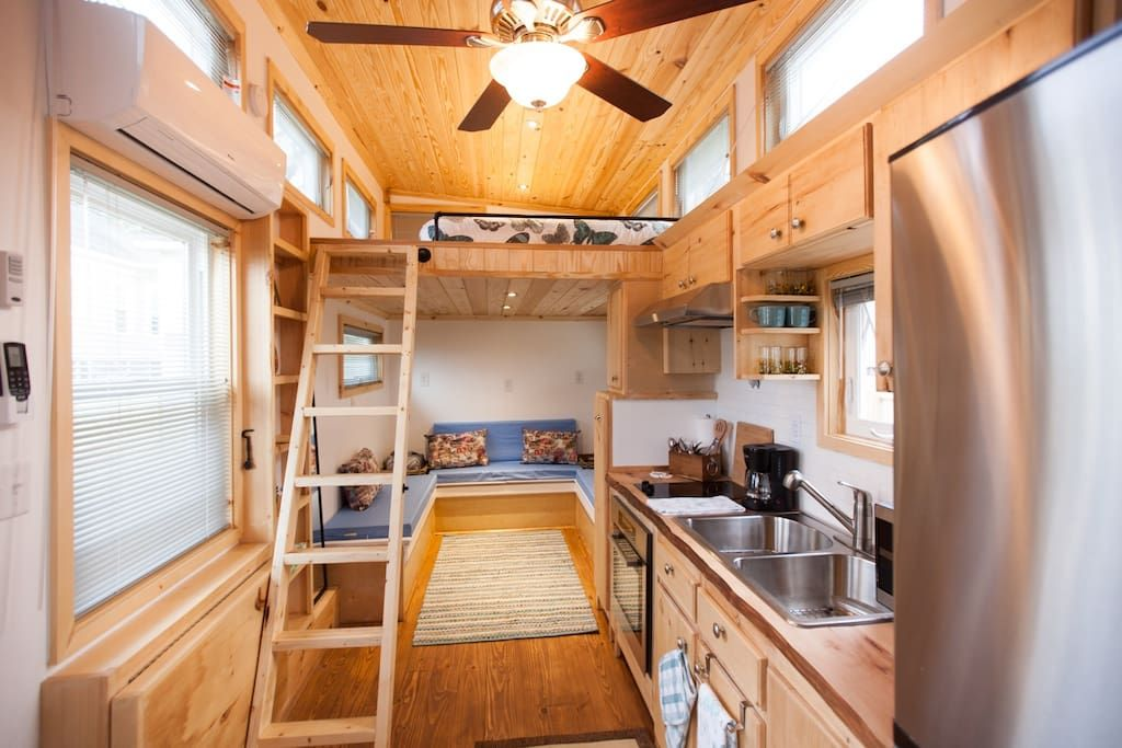 Air B B In Atlanta Ga Tiny Houses For Rent Tiny House Big Living House