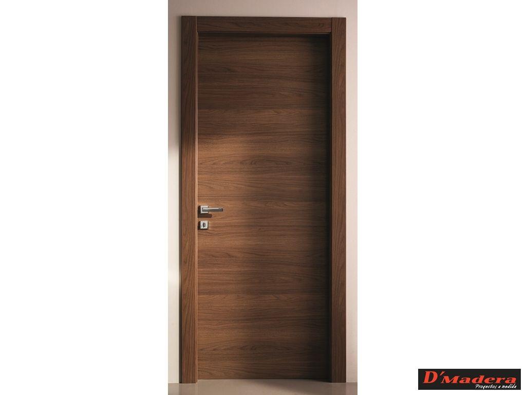 Puerta interior nogal veta horizontal puertas for Puertas modernas interior precios
