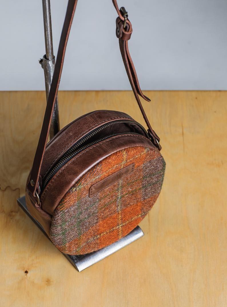 """Wandteppich Cross Body Bag für Frauen """"Persimmon"""", Leder Kreis Handtasche, jeden Tag Runde Boho Tasche, Zellmuster, Harris Tweed"""