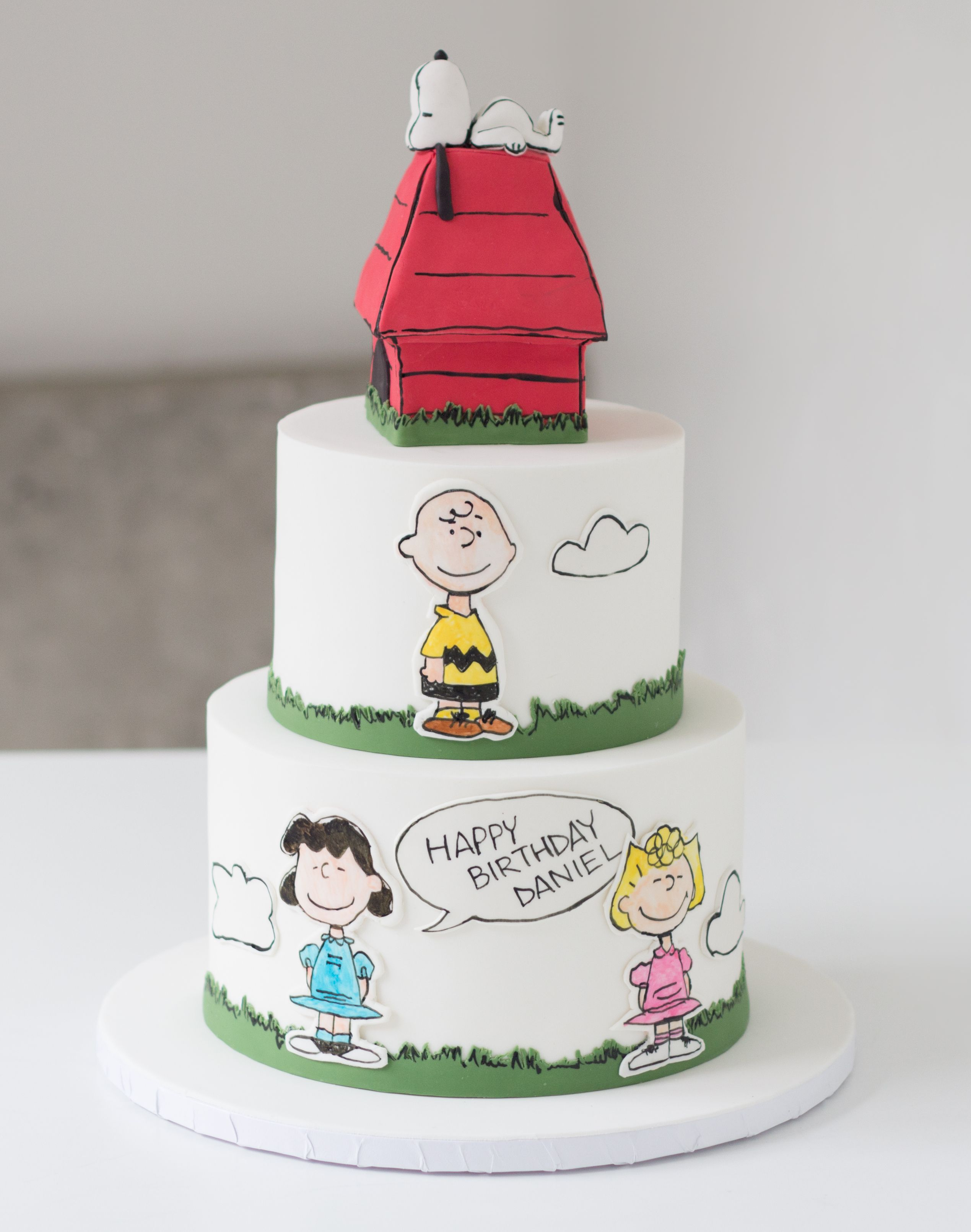 Snoopy And The Peanuts Gang Birthday Cake Made With Satin