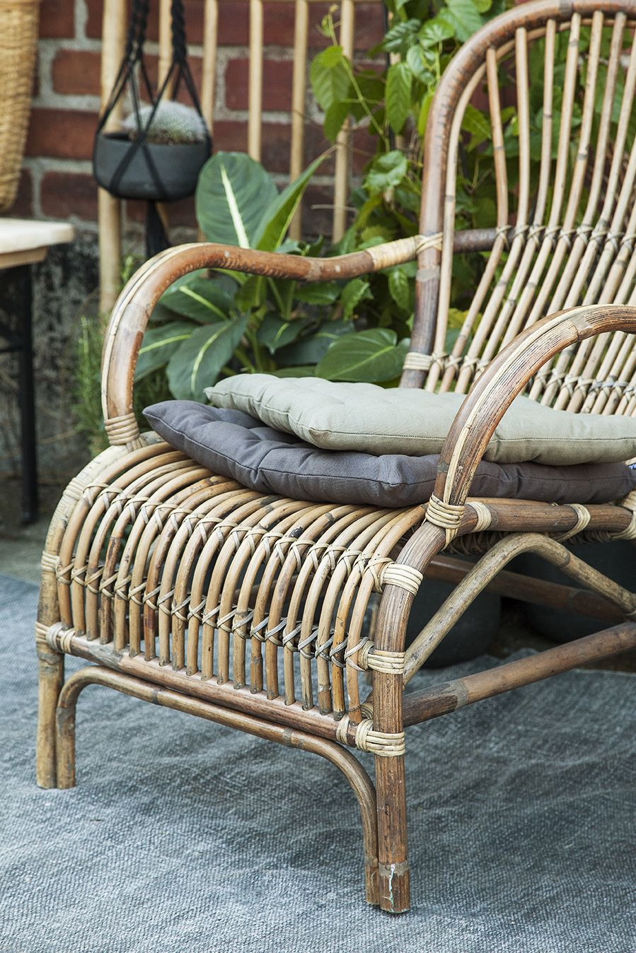 Rattan chair https www granit com product html fatolj rotting?category id=153 Come out