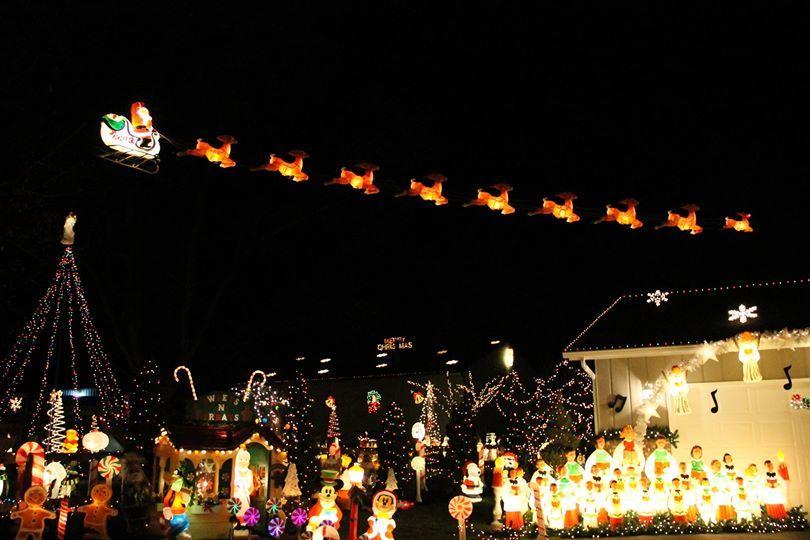 Flying The Empire Sleigh Set Vintage Christmas Decorations Vintage Christmas Santa And Reindeer