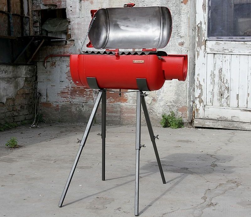 Whip Up A Range Of Delicious Grilled Recipes With This Upcycled Bbq Homecrux In 2020 Diy Bbq Bbq Barrel Bbq