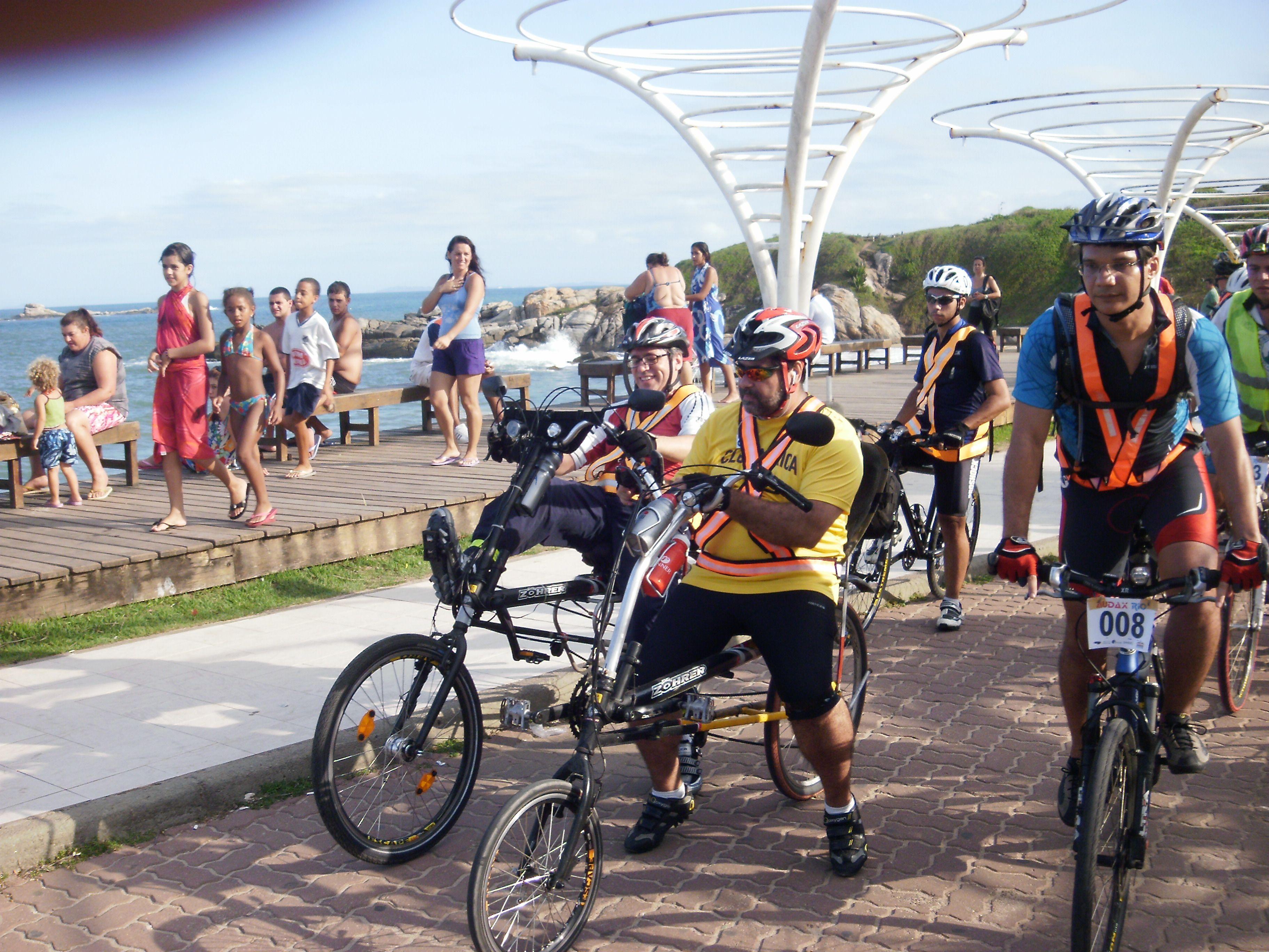 Audax 2011 200km Rio das Ostras RJ. Ricardo Michel Exd 26x26 completou em 13h08. Marcos Azevedo EXD 20x26 completou.