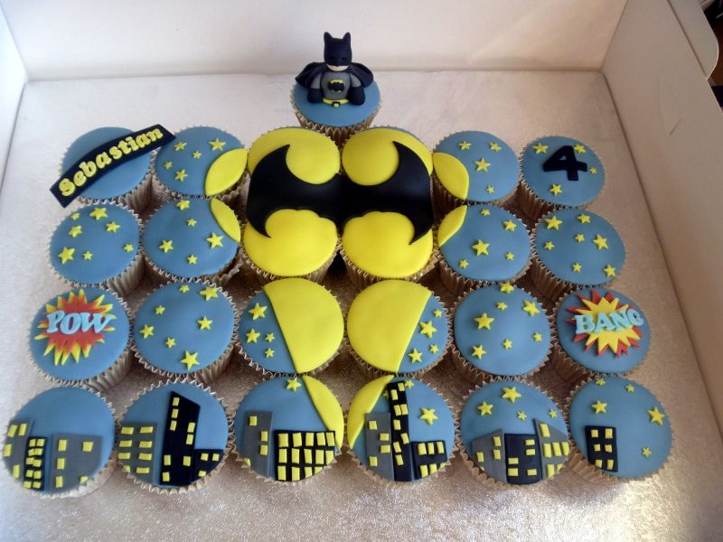 Batman Cupcake Scene By BrownEyedGirlBakery