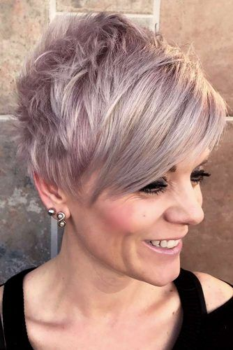 85 Stylish Short Hairstyles For Women Over 50 | Lo