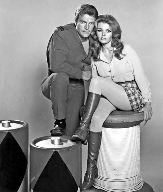 #Sixties   Gary Conway and Deanna Lund in Land of the Giants, 1968-70