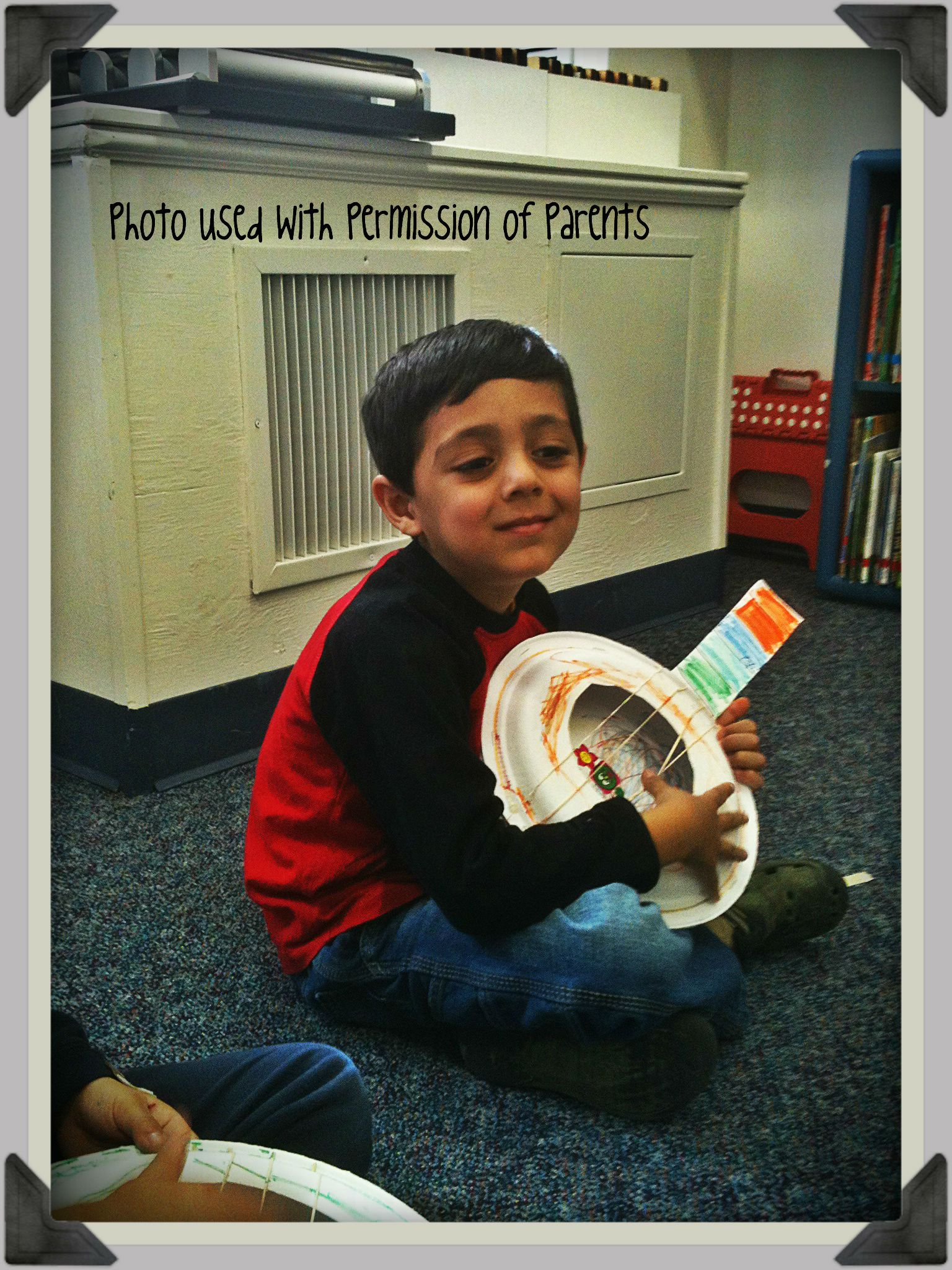 Paper Plate Ukelele