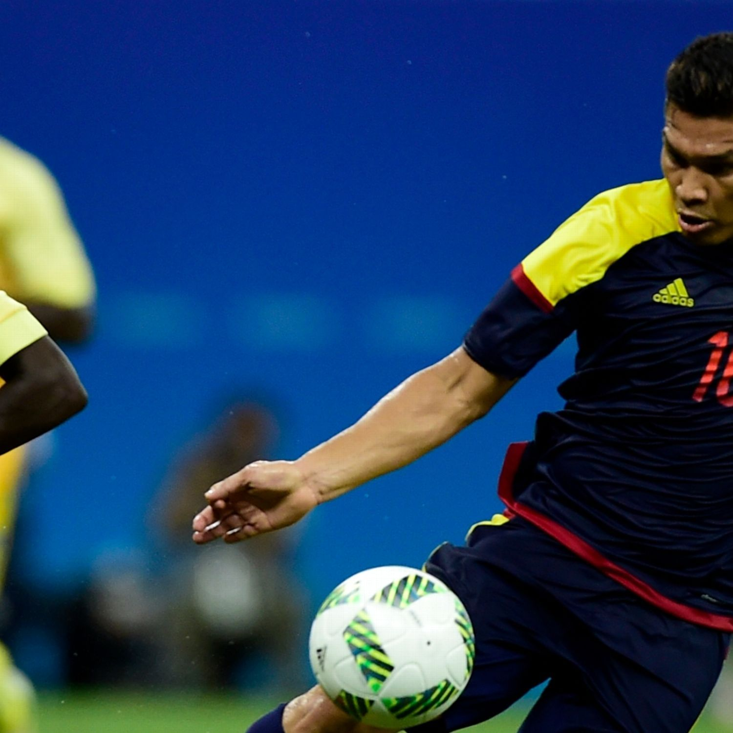 Sweden, Colombia fight to 2-2 draw