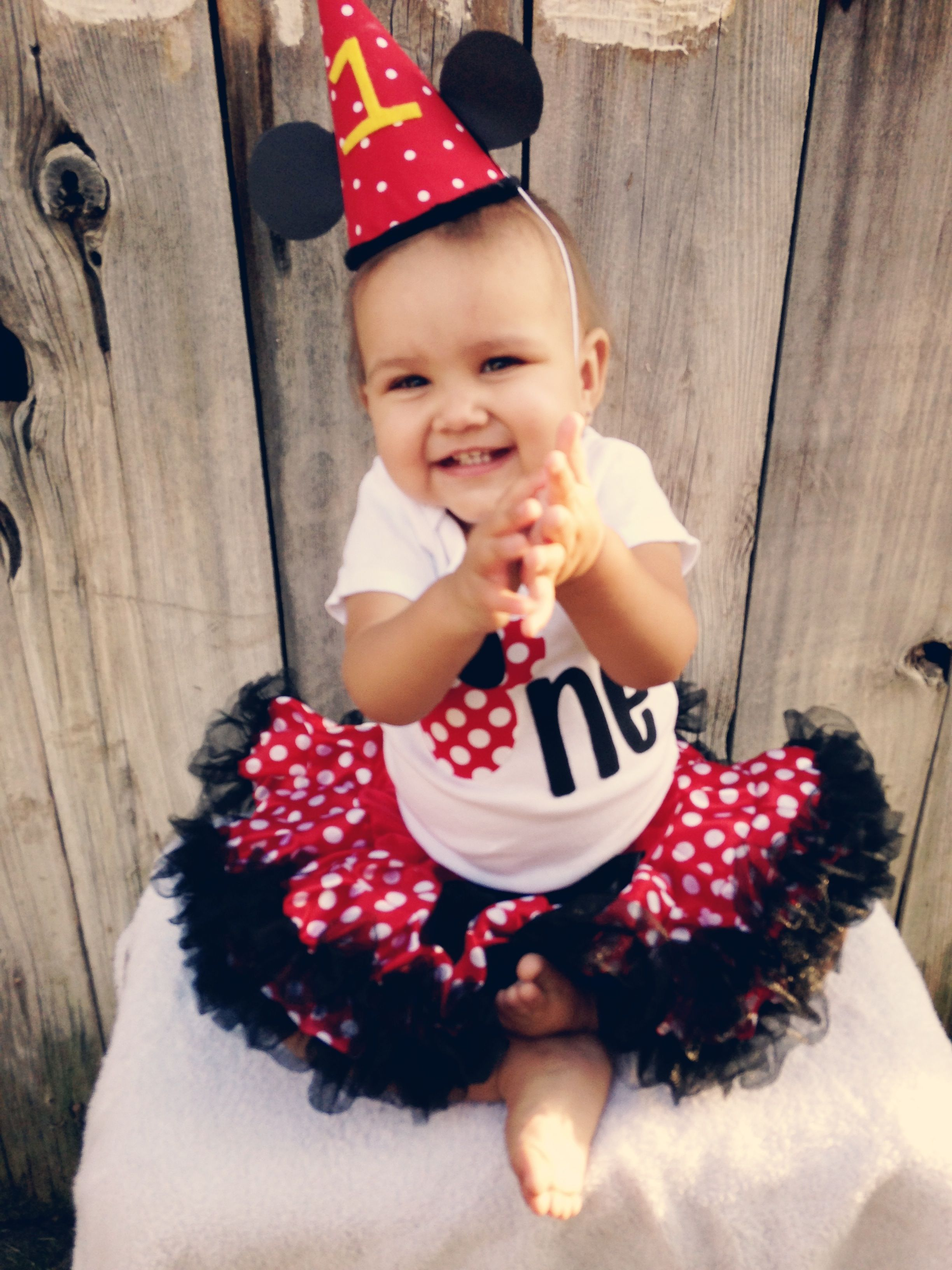 Minnie Mouse 1st Birthday, Monthy Growth Photo, 12 Months