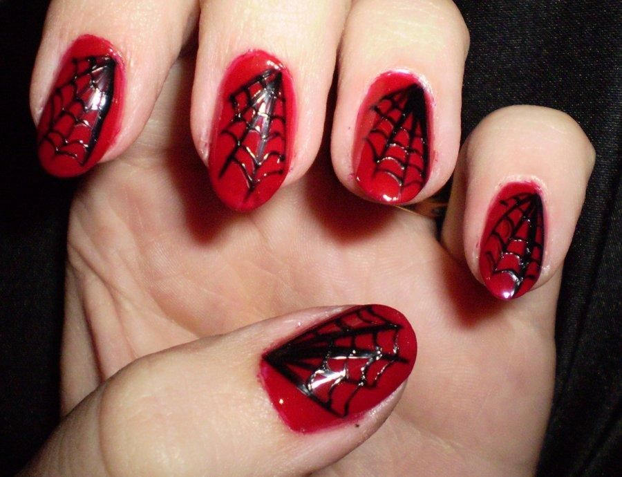 DIY halloween nails: DIY Halloween nail art : black and red ...