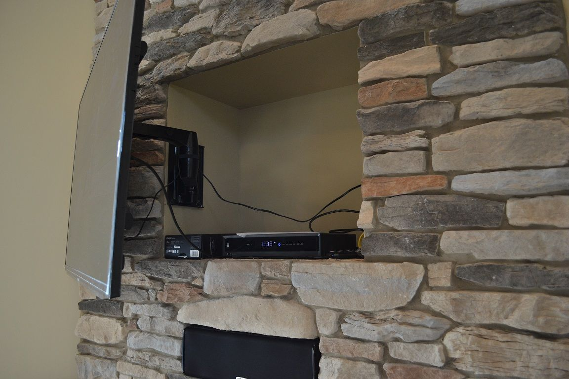 Great Idea Hide Tv Plugs Dvd Player Etc In Nook Behind Television Www Suppeshomes Com Hidden Tv Fireplace Remodel Wall Mounted Tv