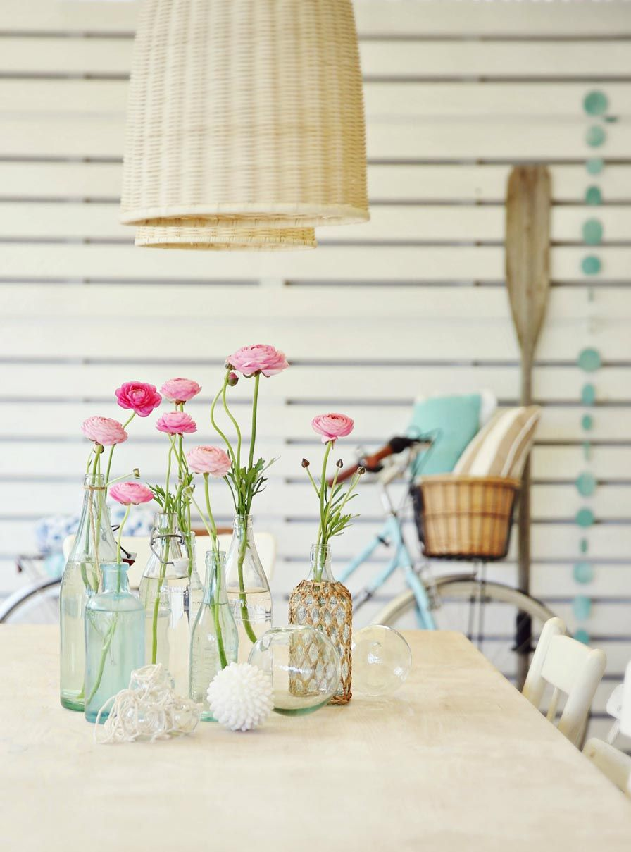 Beach Cottage Decorating How To Decorate A Coastal Vintage Table