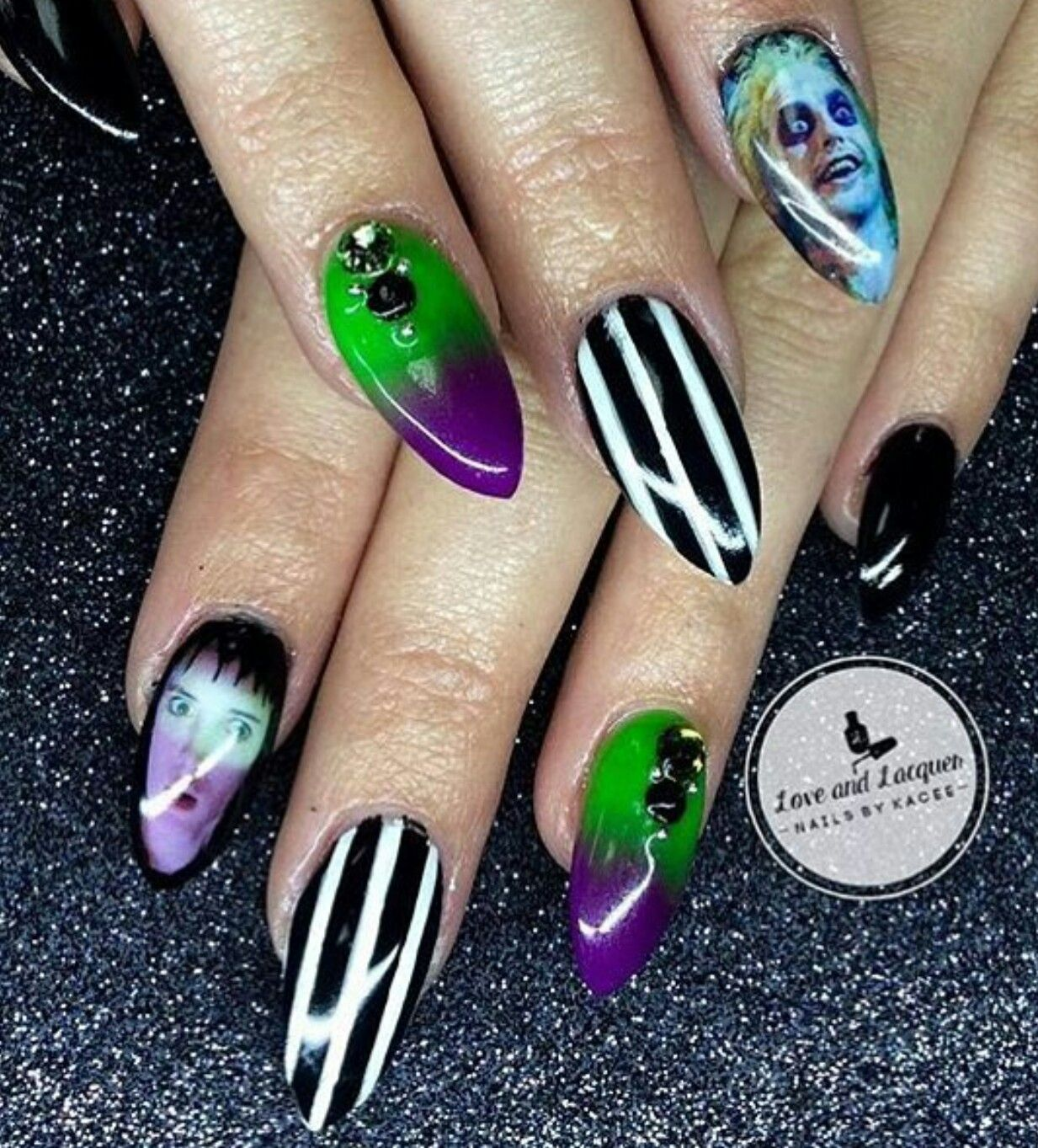 Creepy Cool Nail Art Beetlejuice Inspired Nailart Claws Mani Manicure Stiletto Macabre Naildecals Hallowee Goth Nails Horror Nails Halloween Nails