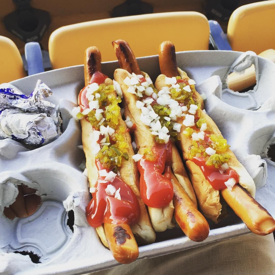 Quot I Ll Have Three Dodger Dogs Quot Quot Get Super Dodger Dogs Quot Quot No