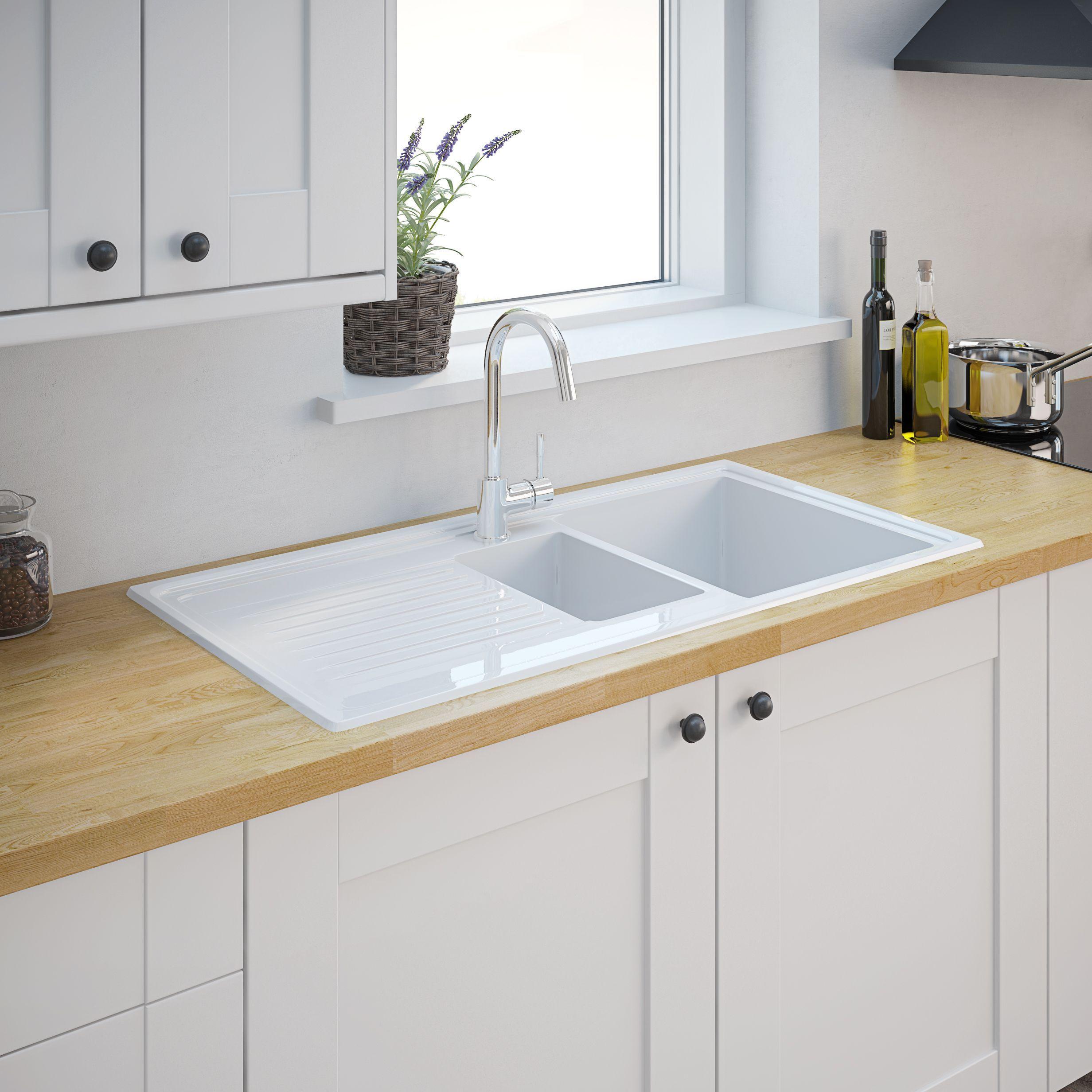 Cooke & Lewis Burbank White Ceramic 1.5 Bowl Sink
