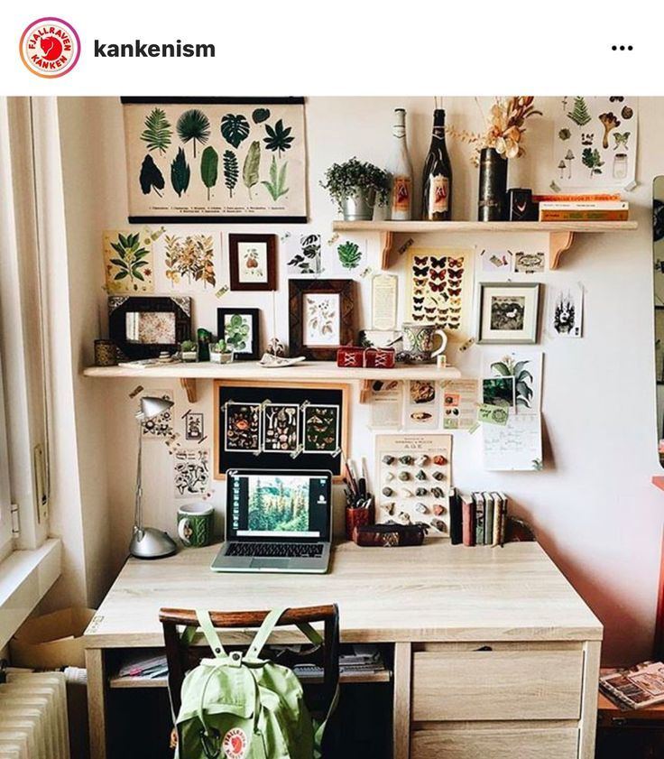 Photo of Small home office space – Mary's Secret World