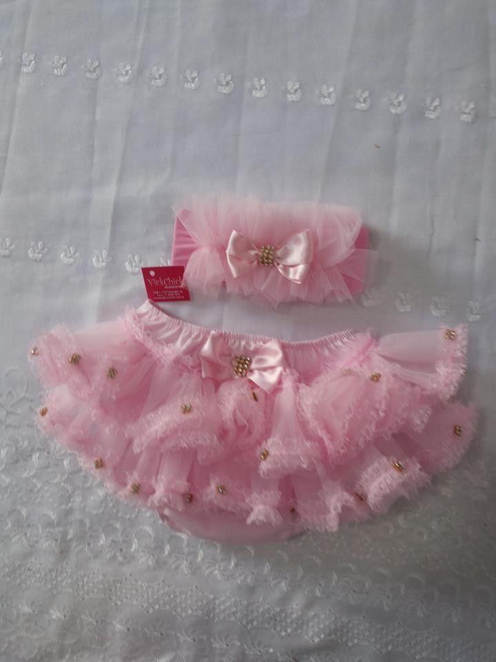 ea197d7ab Bebê Personalizado · Calcinha Bunda Rica feita em tecido 100% algodão com  tule importado e aplicações em strass
