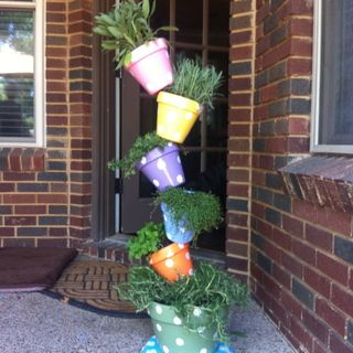 My Diy Instructions For A Tipsy Plant Tower Plant Tower Flower Pots Plants