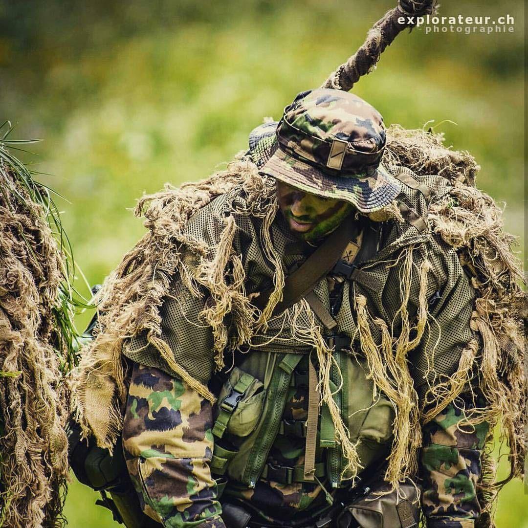 Sniper  Photo: @explorateur_ch #switzerland #schweizerarmee #army #mighty_switzerland #swiss #alps #semperfi #tank #artillery #infantry #medic #photooftheday #svizzra #suisse #millitaire #guns #camouflage #sniper #green #grenadier #millitary #militär #armeesuisse #schweiz