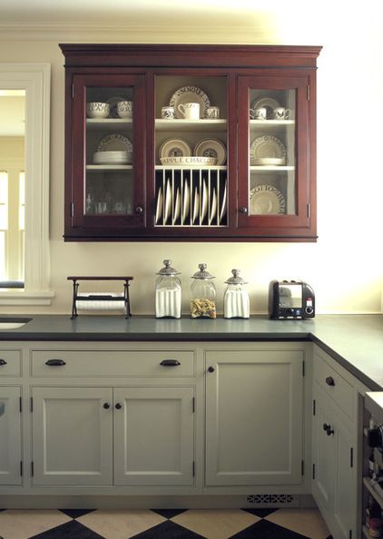 Traditional Kitchen by Kenzer Furniture Glass cabinet fronts Update - küche vintage look