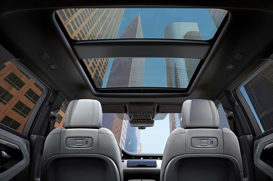Range Rover Evoque 2019 official reveal sunroof Range