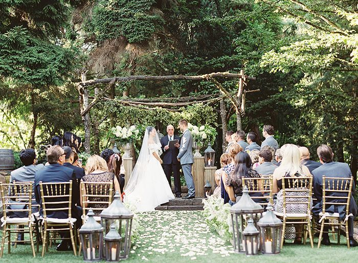 19 Small Wedding Ideas For A Perfectly Intimate Celebration Small Garden Wedding Intimate Wedding Venues Small Wedding