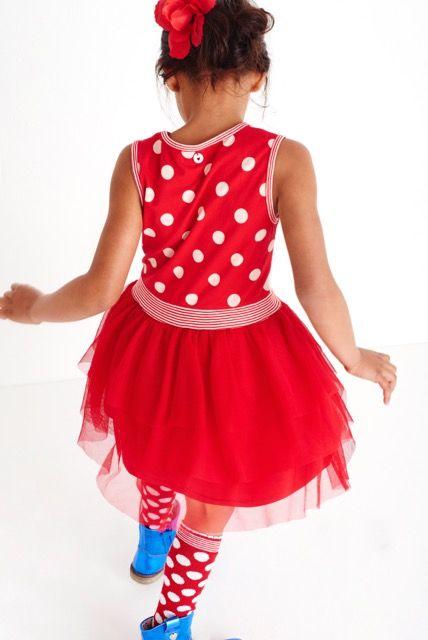 Si tienes una tienda de moda infantil y estas buscando, originalidad, frescura, diversión y color en sus confecciones. Acabas de encontrarnos, MIM-PI puede ser tu marca. Solicita nuestros catálogos y te sorprenderás.