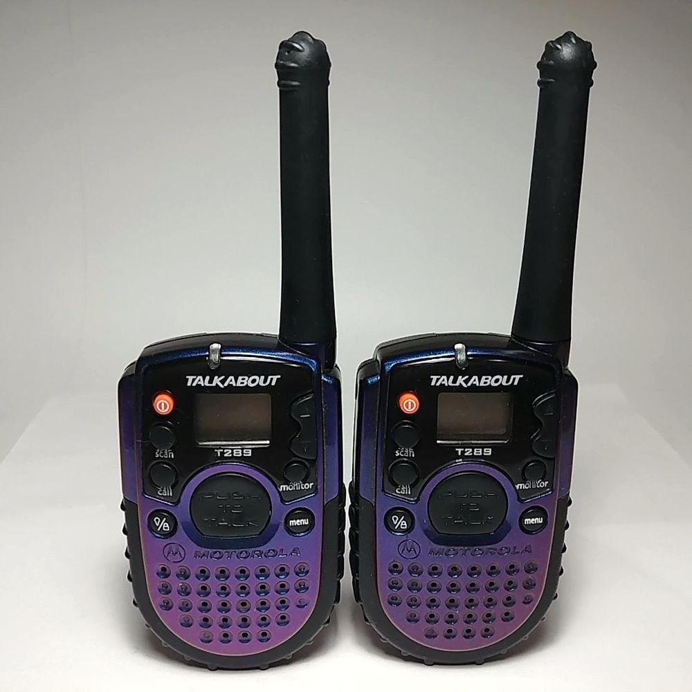 Working Pair Of Motorola Talkabout T289 Walkie Talkies Two Way Radio Purple Blue Walkie Talkie Motorola Two Way Radios