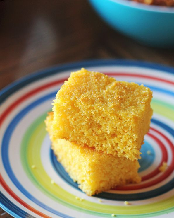 This light and fluffy cornbread is gluten free as it is made with only cornmeal (no wheat flour). On top it is sweetened naturally with honey.