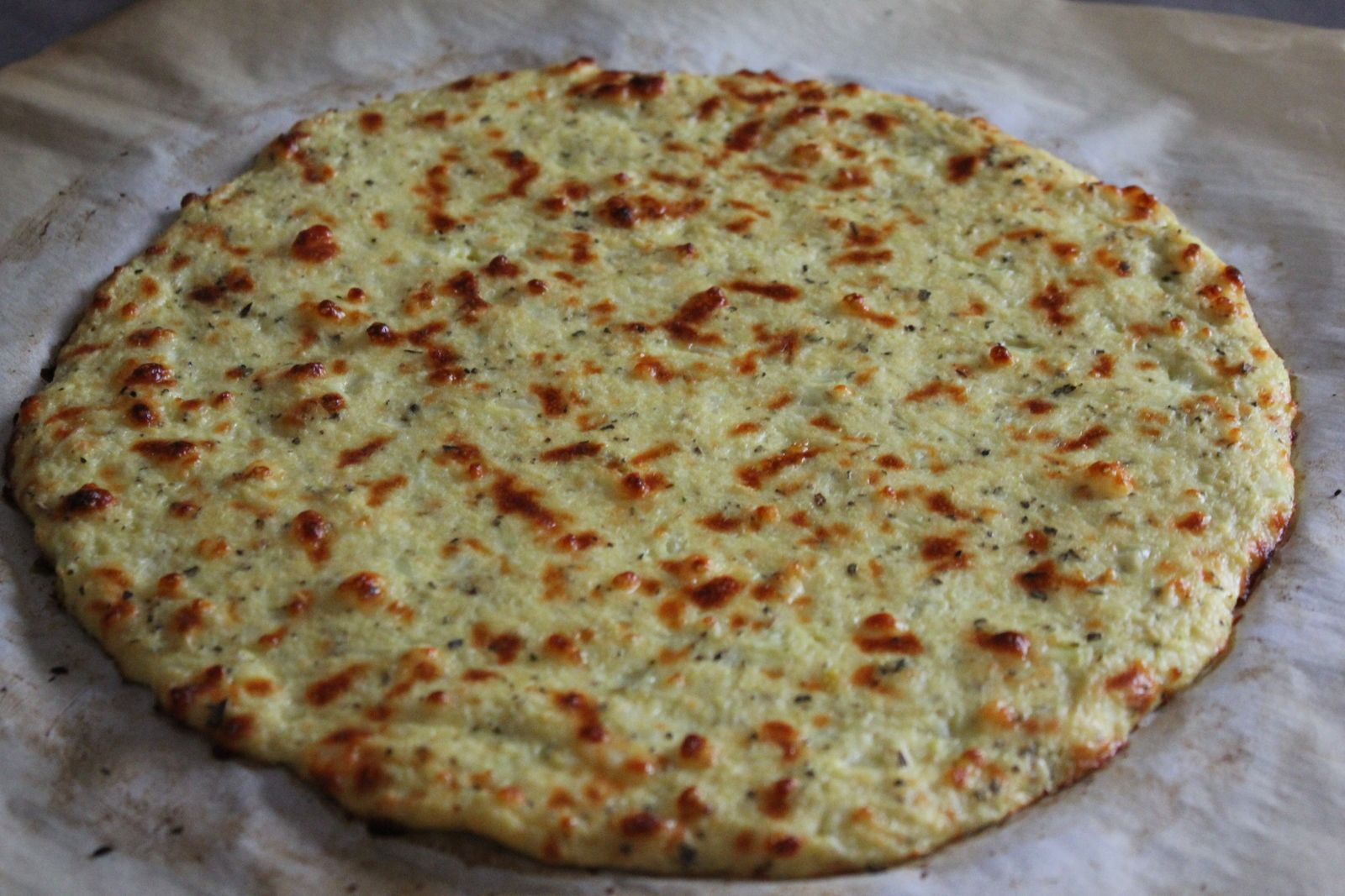 Punkie Pie's Place ...: Cauliflower Pizza Crust - Pepperoni Pizza