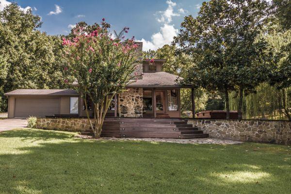 Lakehouse Com Lake Real Estate Estate Homes Waterfront Homes