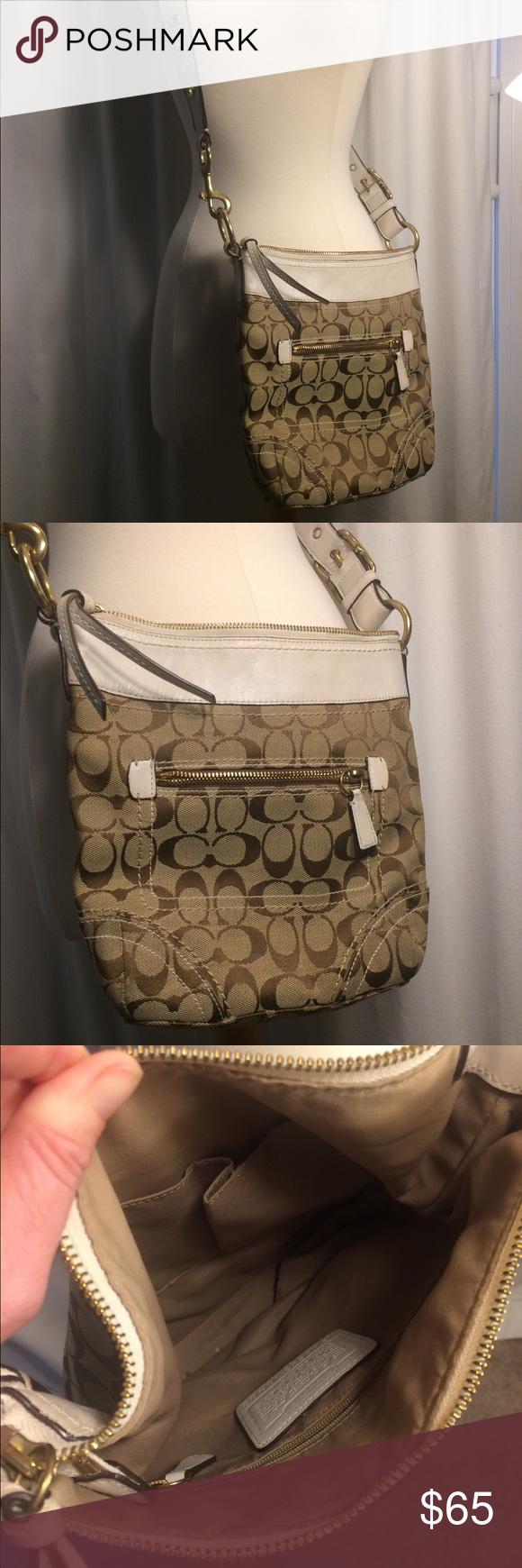 5bda31c86708 Coach signature crossbody bucket bag h0685 Beige and white style   h0685-10402  Coach Bags Crossbody Bags