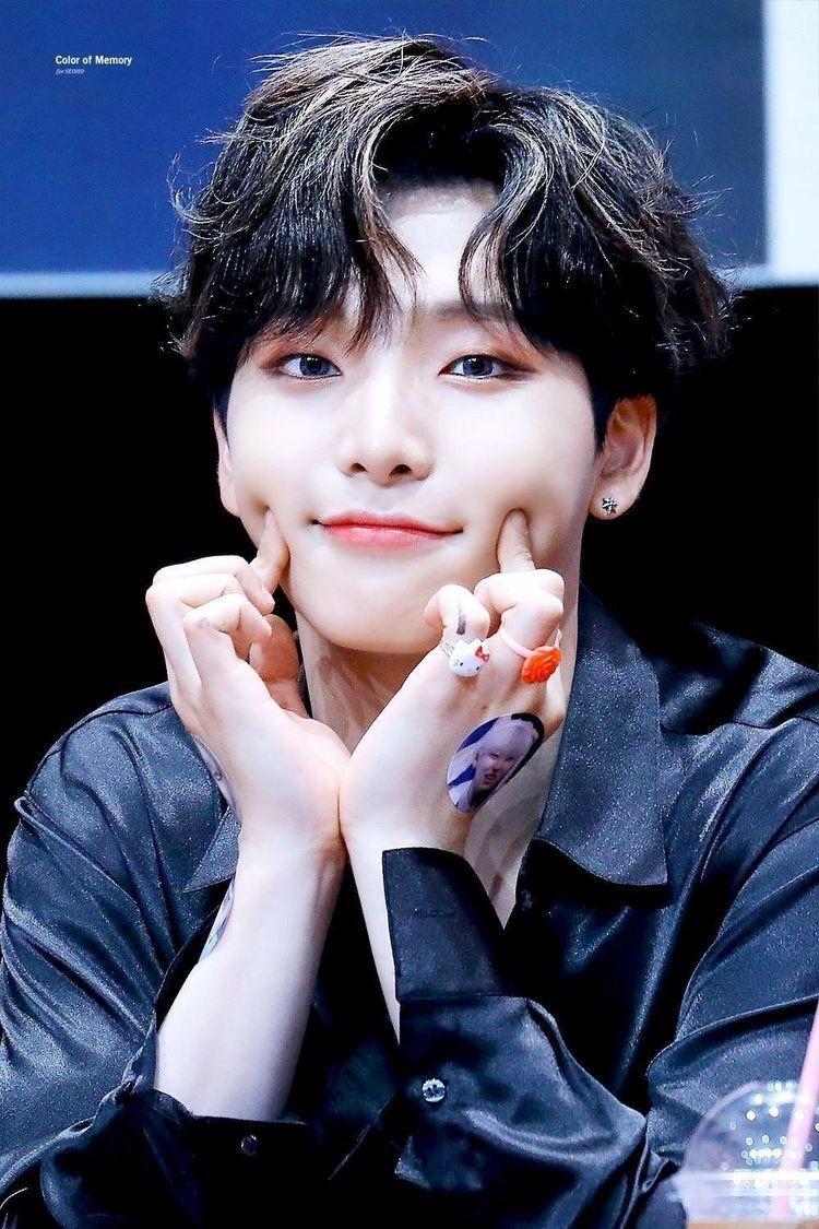 Jia Tbz 2nd Win On Twitter The Moon Is Beautiful Kpop Kpop Idol