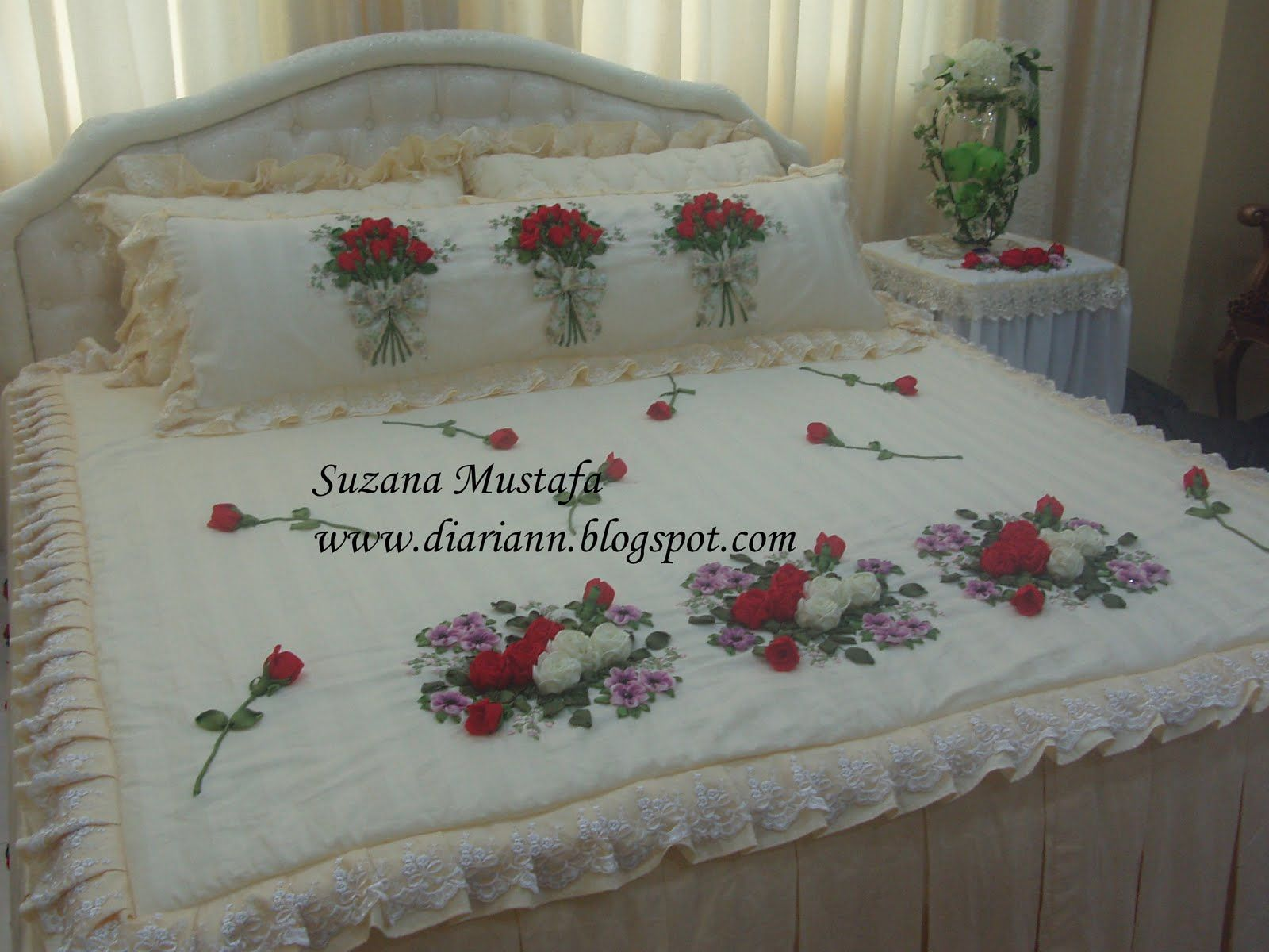 Ribbon embroidery bedspread designs - Suzana Mustafa Drap Housse Embroidery Artribbon