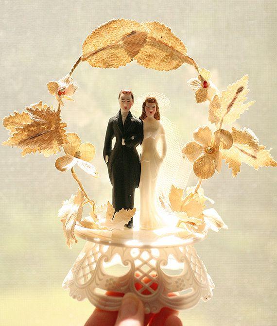 Vintage 1950s Wedding Topper - Wedding Cake Topper - Bride Groom ...
