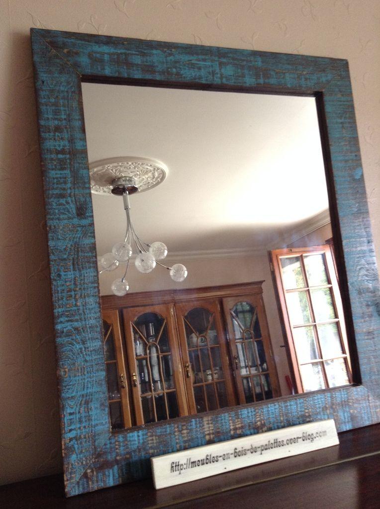 Miroir réalisé en bois provenant de palette décoration avec