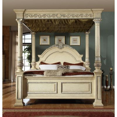 Meridian Furniture USA Sienna Canopy Bed