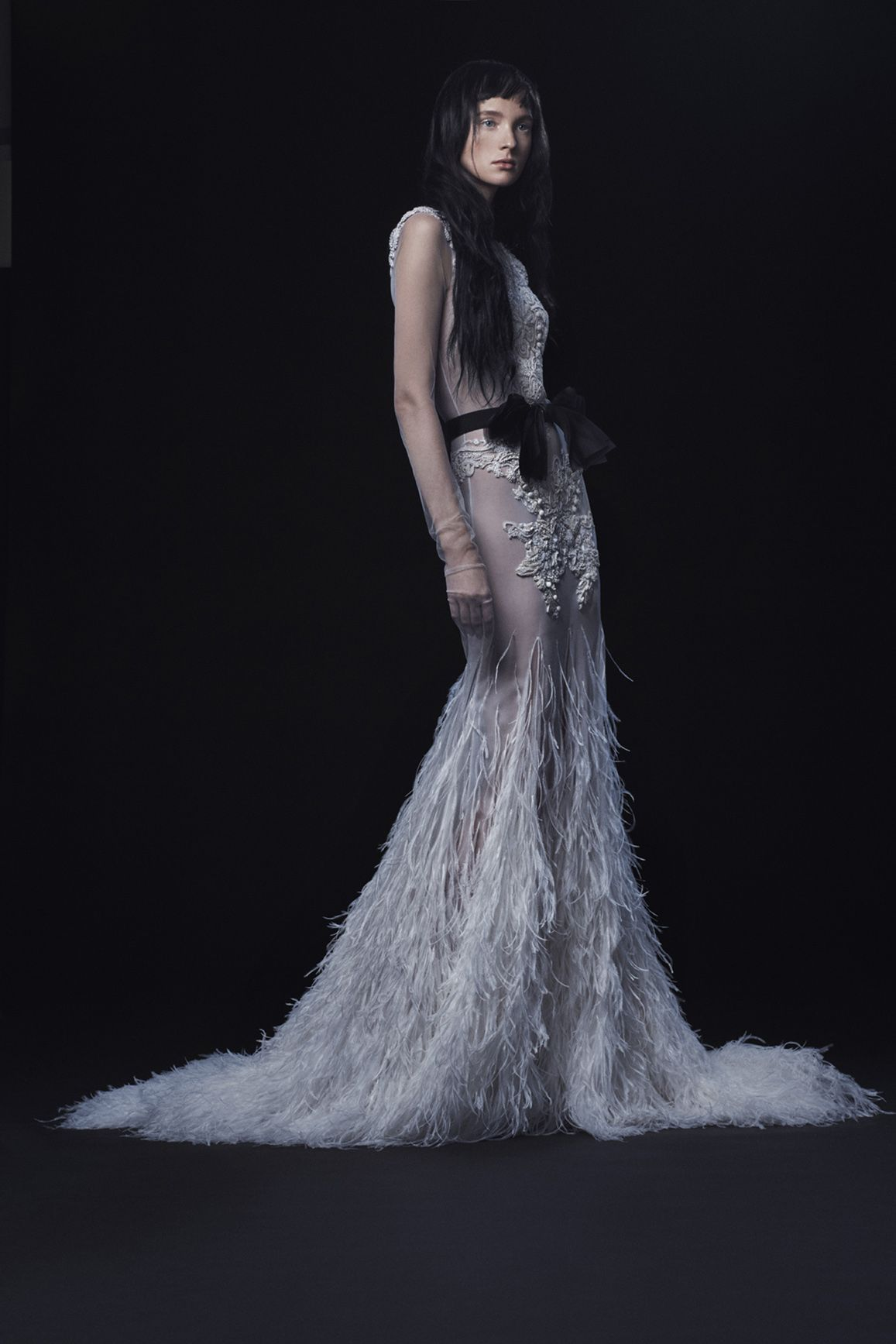 Vera Wang Just Debuted the Most Edgy, but Still Elegant, Wedding ...