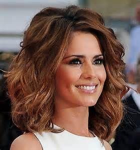 Medium Length Haircuts For Wavy Hair Women