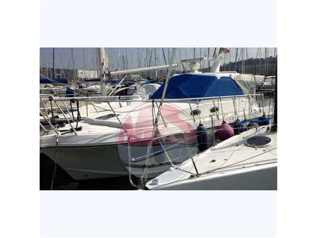 Della pasqua Dc 9 s sedan Usato del 2222, Vendita Della pasqua Dc 9 s sedan, Annunci barche e Yacht Della pasqua