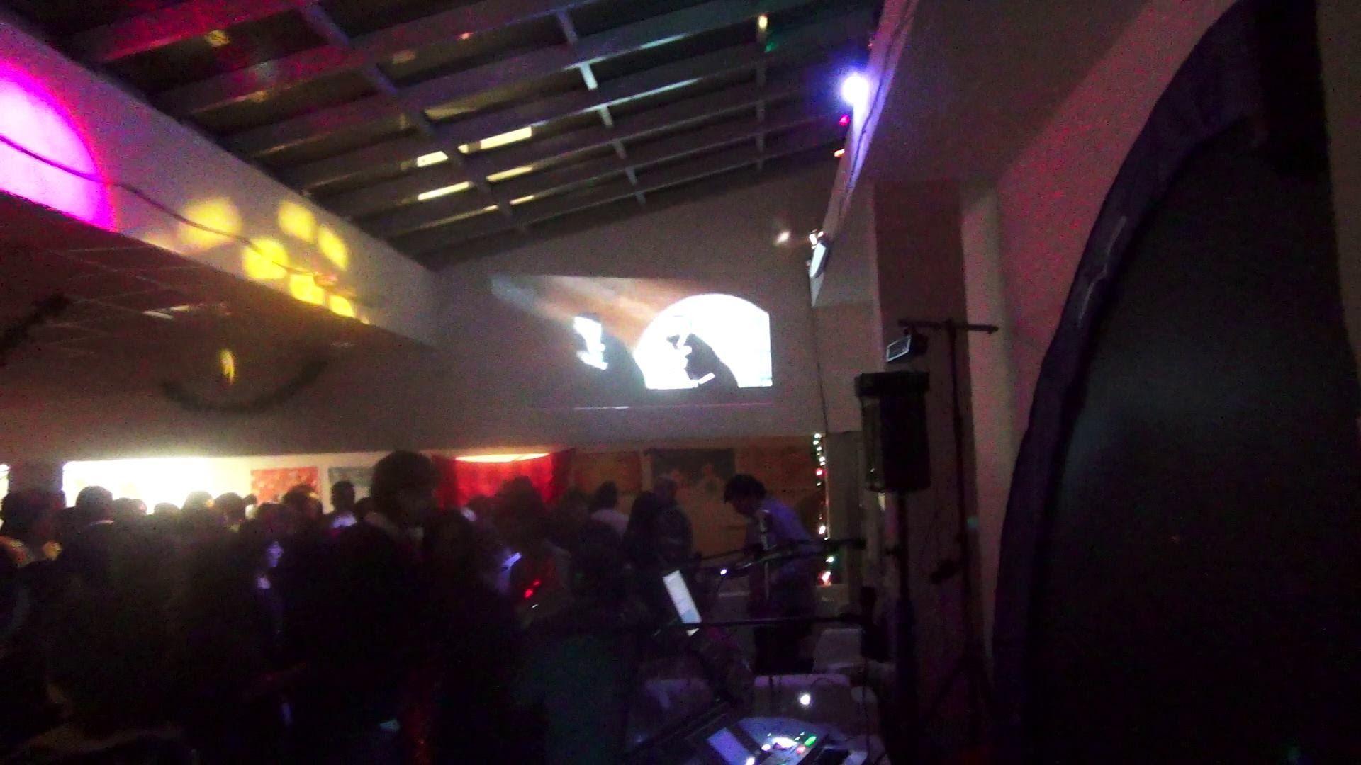 Ary Roby Balada Boa Para para pere pere Capodanno 2014 Mufe Party a Trieste