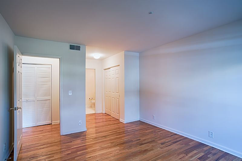 Bedroom That Offers Great Closet Space Stylish Flooring Apartment Duplex For Rent