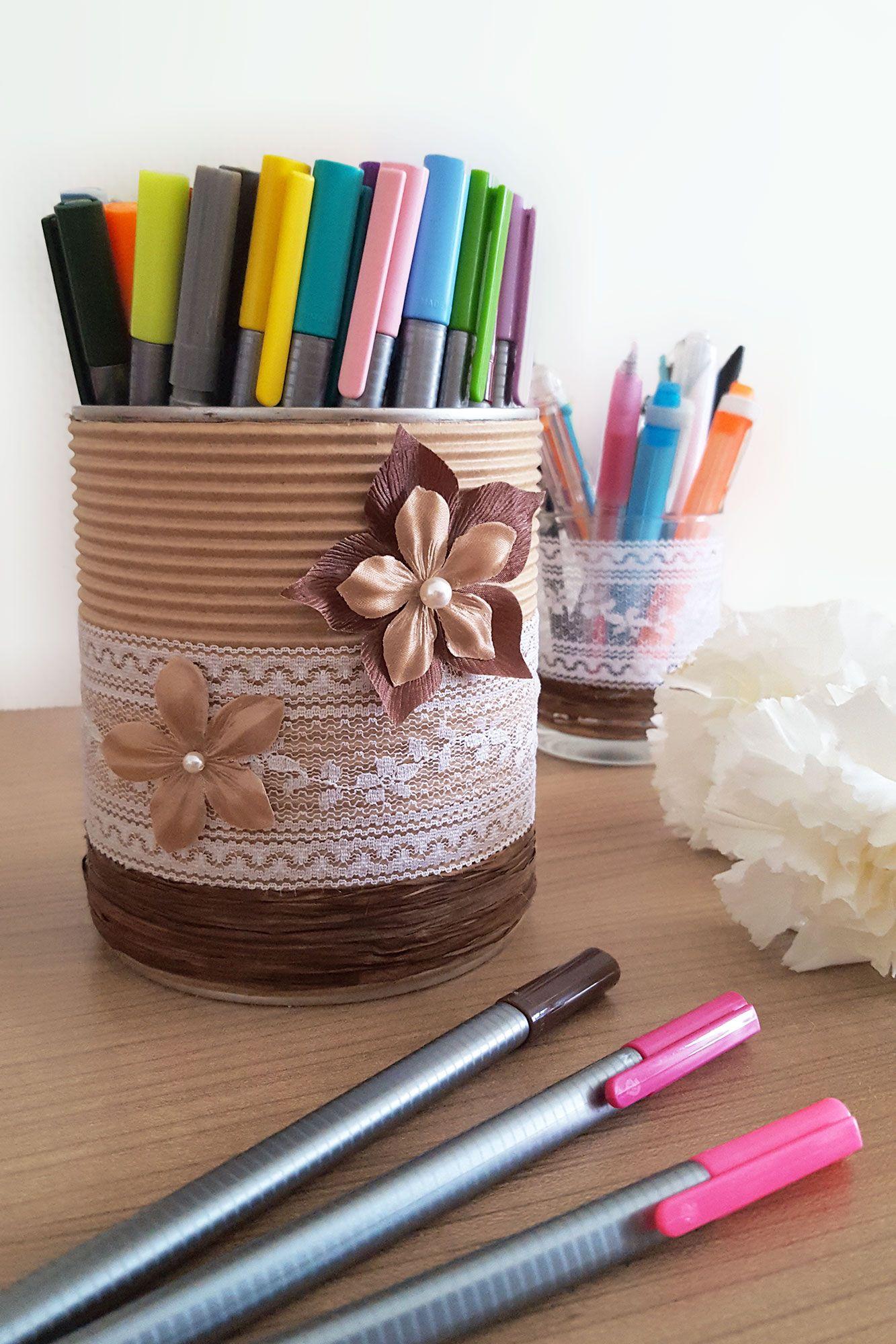 d corer une boite de conserve avec des fleurs de satin. Black Bedroom Furniture Sets. Home Design Ideas