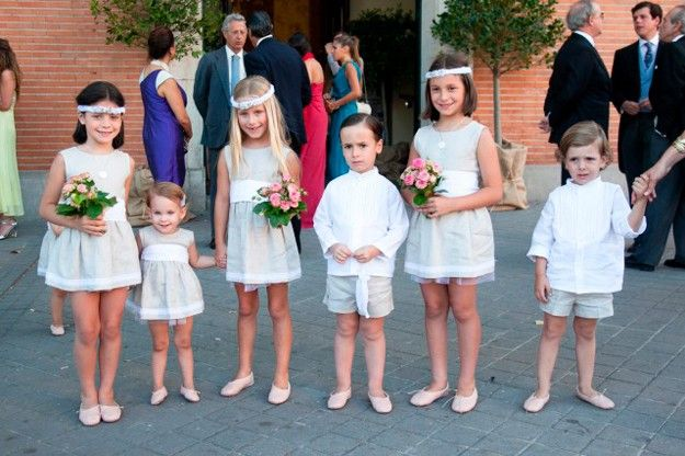 Como vas a vestir a tus pajes   Pajes, Boda y Pajes boda