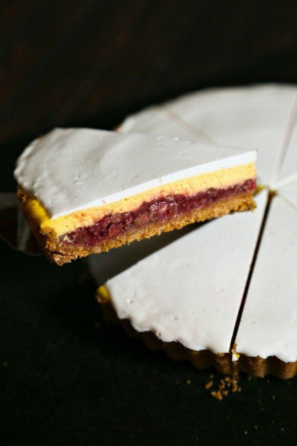 Rhubarb Cheesecake Pie for #DairyMOOnth #sponsored